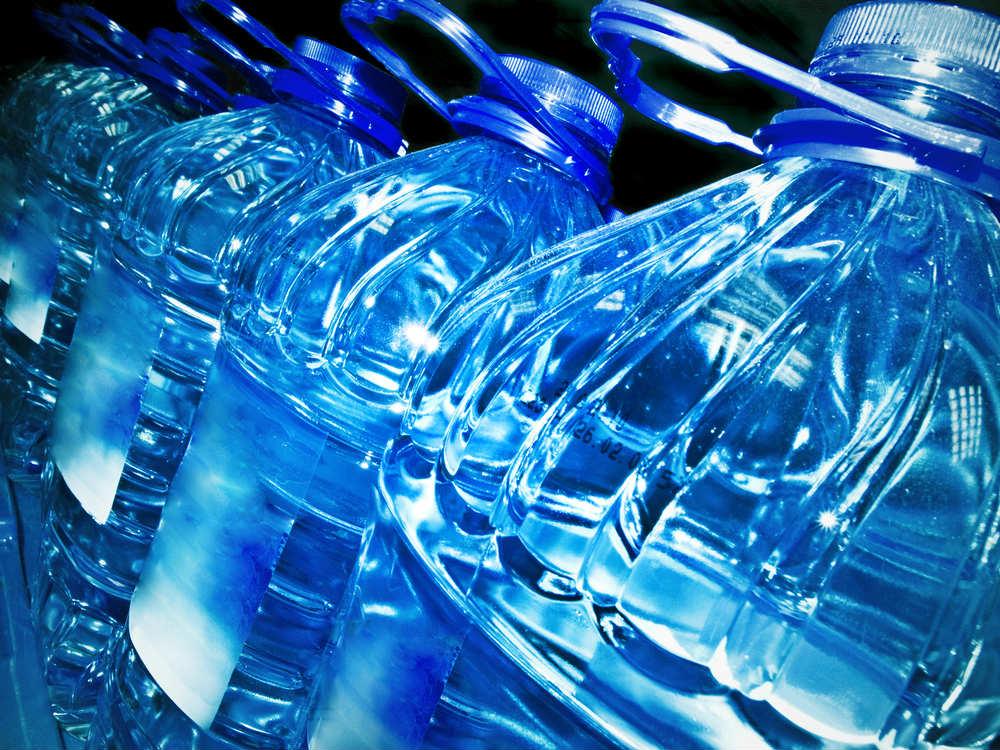 imballaggi acqua senza plastica