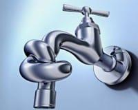 Attenzione al rubinetto che perde: spreca 4mila litri di acqua al giorno