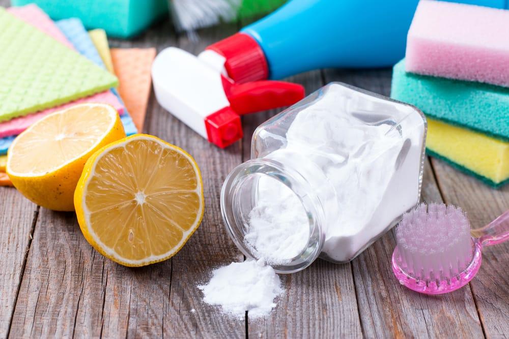come eliminare i cattivi odori in casa