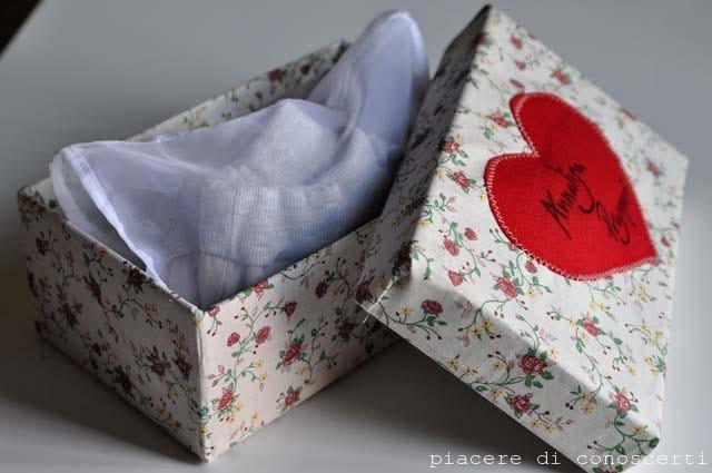 decorare scatole di scarpe