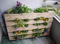 Come si riciclano i bancali in balcone
