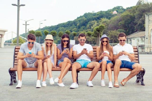 troppa-tecnologia-fa-male-i-ragazzi-non-sanno-piu-concentrarsi (1)