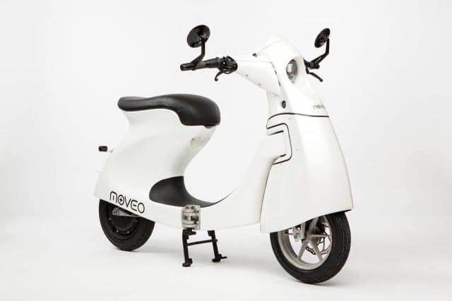Moveo, lo scooter elettrico pieghevole da portare in ufficio: pesa solo 25 chilogrammi