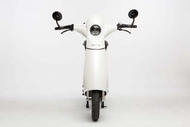 il-motorino-elettrico-leggero-e-pieghevole-da-portare-in-ufficio (5)