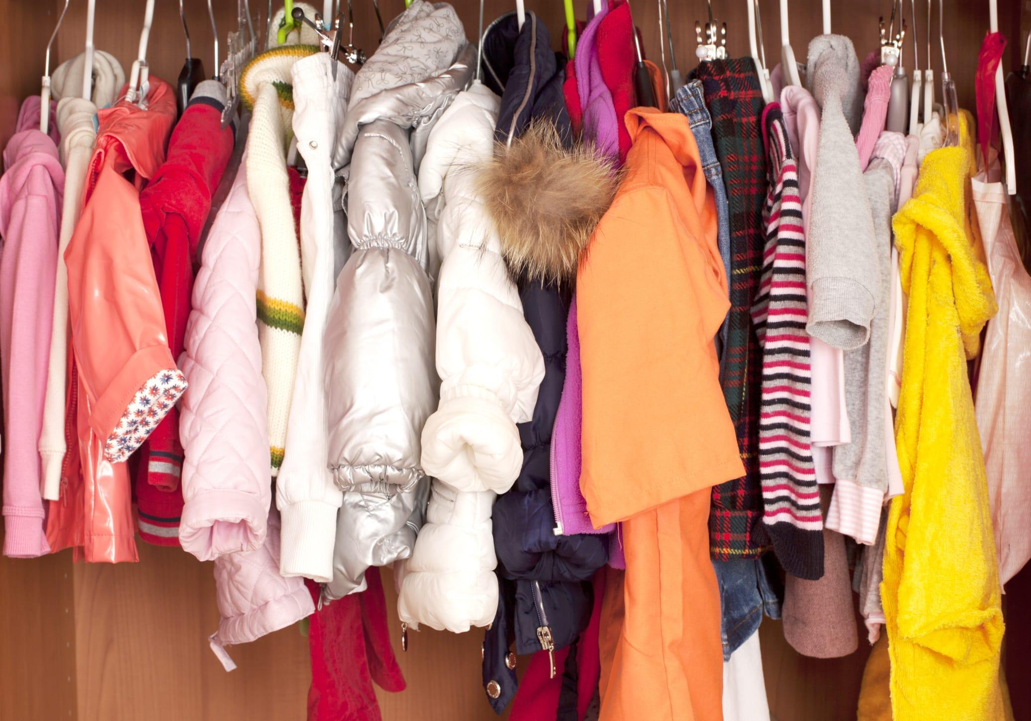 Come organizzare l'armadio dei bambini: i consigli utili - Non Sprecare