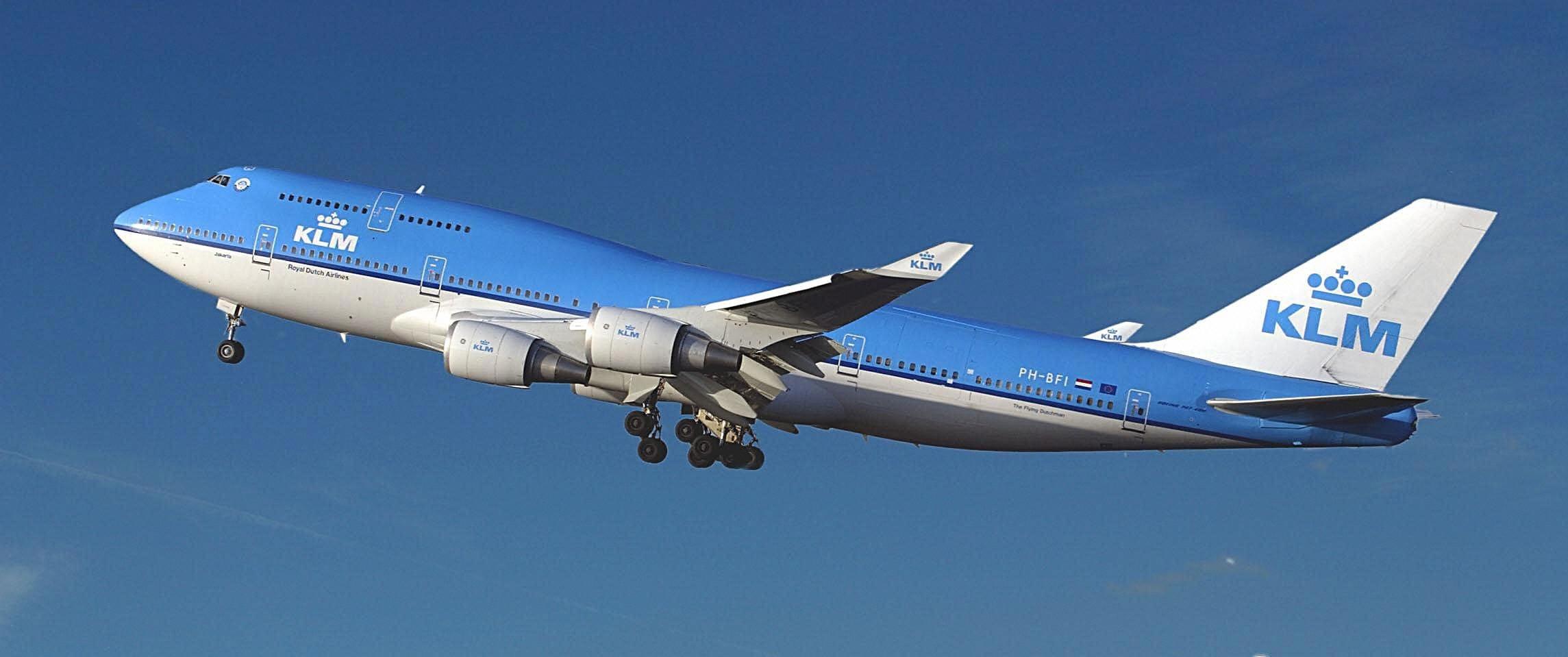 Biocarburante sulla tratta new york amsterdam vola un - Ml da portare in aereo ...