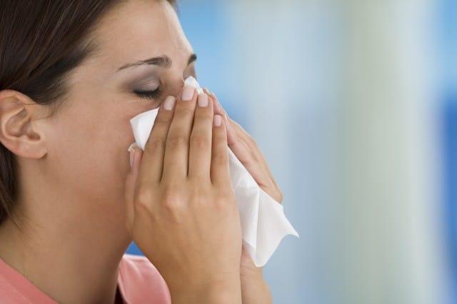 Raffreddore e naso chiuso: come combatterli con i suffumigi