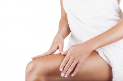 gambe gonfie e pesanti: tutti i rimedi naturali
