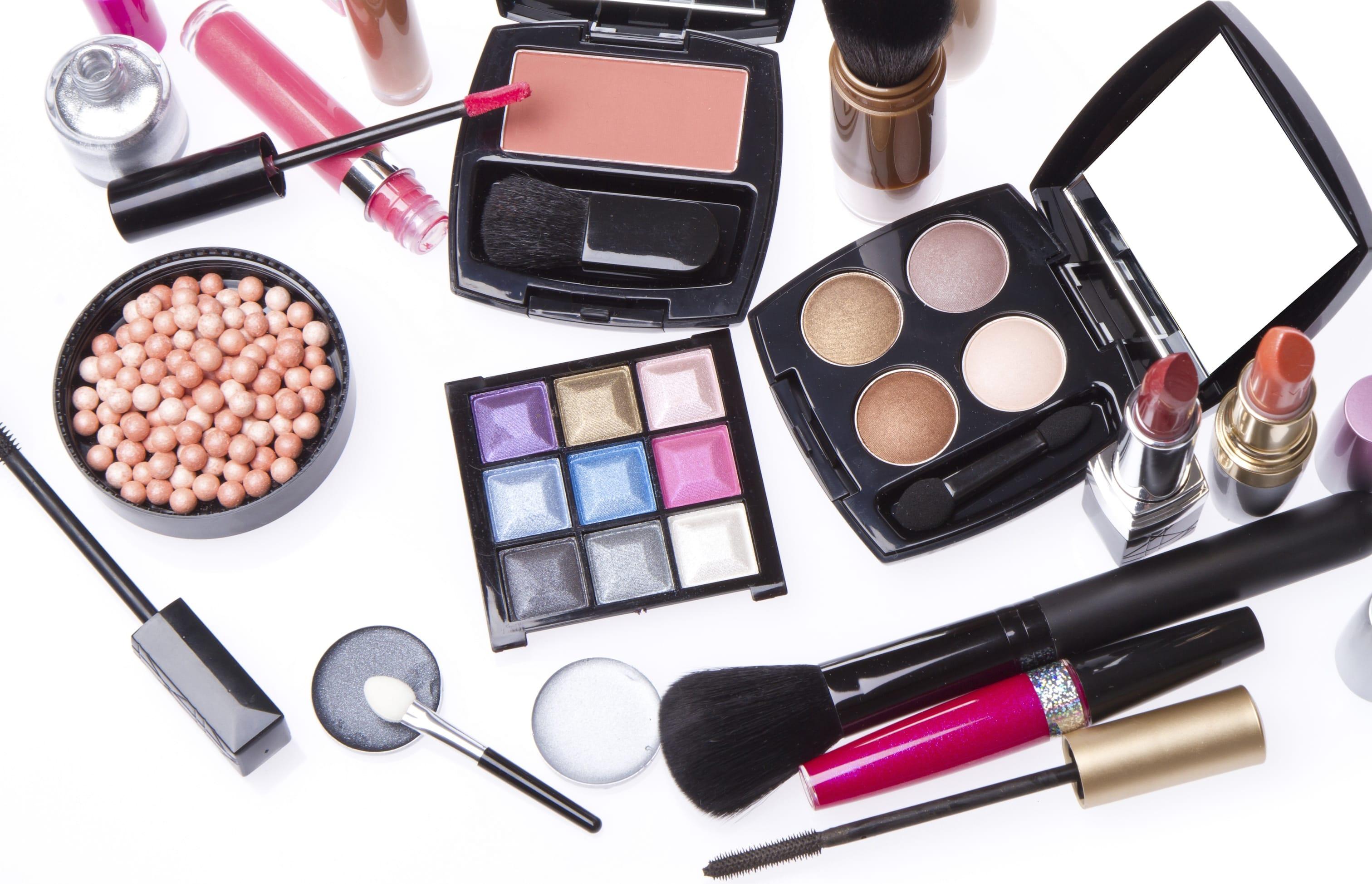 come riutilizzare i vecchi cosmetici