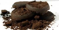 Fondi di caffè ideali per la bellezza ecobio del corpo