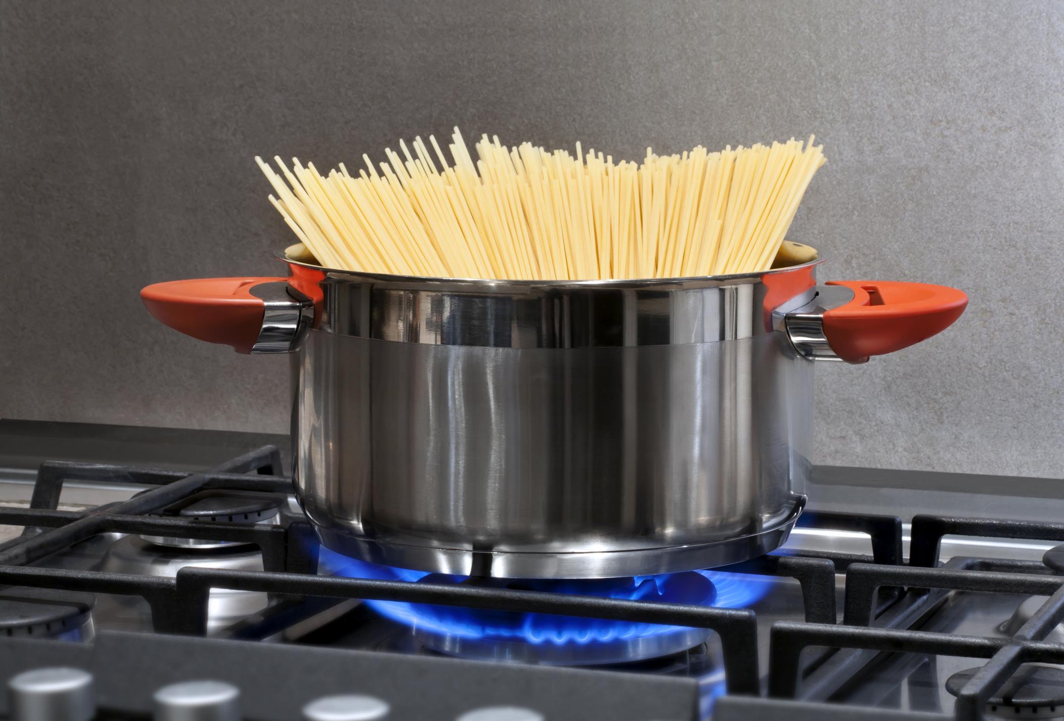 Come riutilizzare l 39 acqua di cottura della pasta non sprecare - Robot per cucinare e cuocere ...