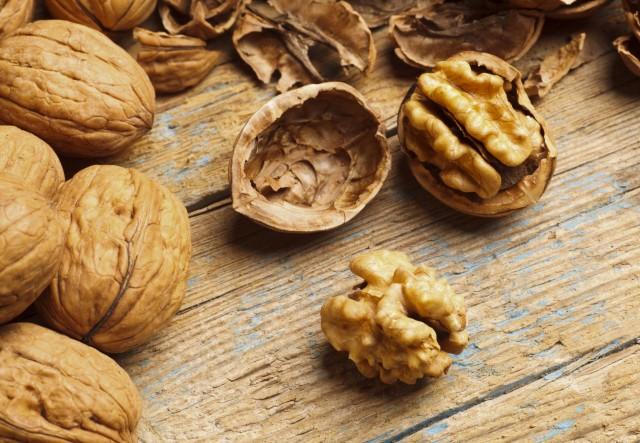 Frutta secca: le noci proteggono la salute del nostro cuore