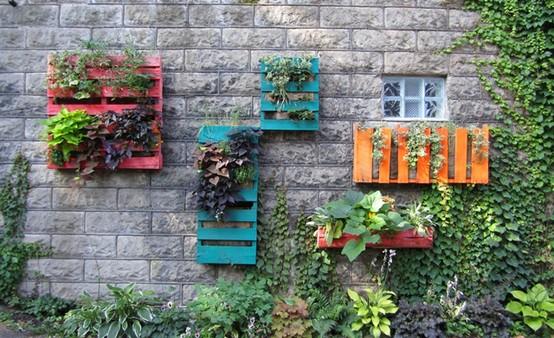come decorare il giardino fai da te: riciclo e low cost | foto ... - Come Abbellire Il Giardino Di Casa