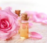 La ricetta per realizzare in casa il tonico per la pelle all'acqua di rose