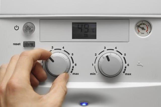 Come fare la manutenzione della caldaia non sprecare - Caldaia manutenzione ...