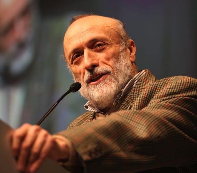 """Carlo Petrini e la battaglia contro gli Ogm: """"Questo Paese si decida ad andar fiero dei suoi prodotti"""""""