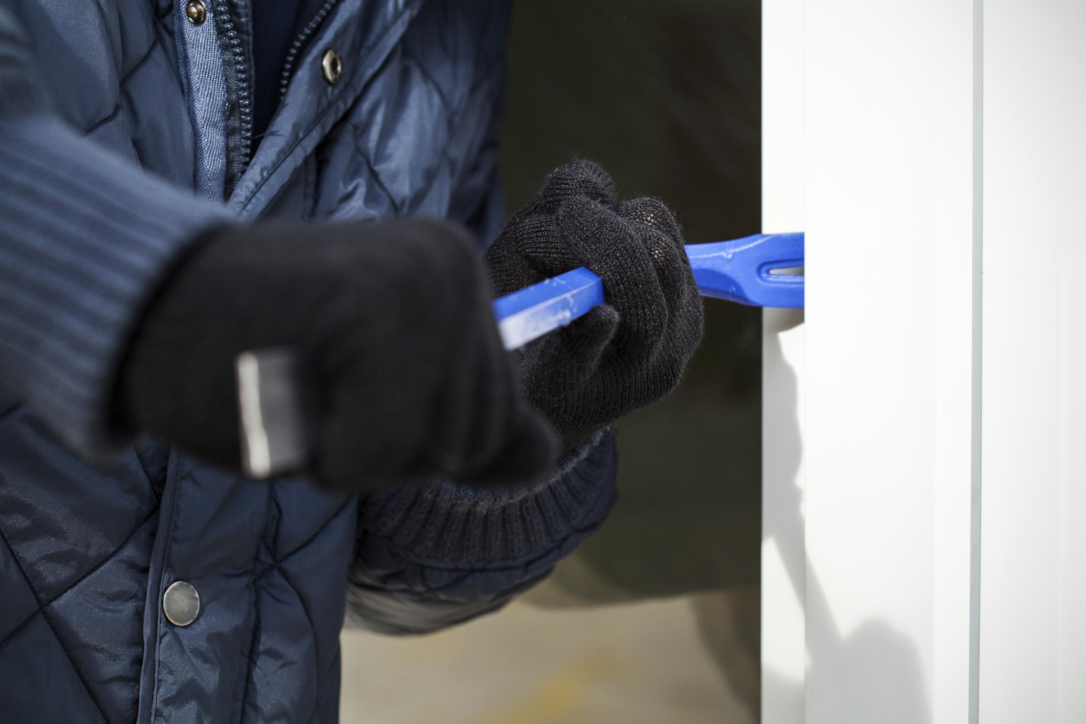 Come evitare i furti in casa: tanti consigli utili