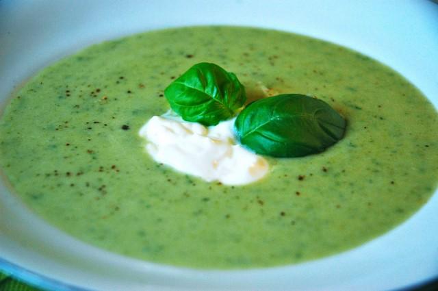 Come far mangiare le verdure ai bambini: la crema di spinaci