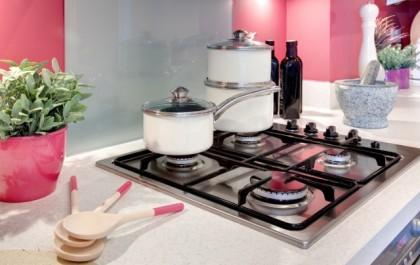 Tutti i consigli per non sprecare gas in cucina