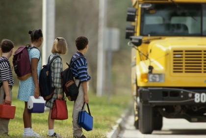 A Caltanissetta la scuola che utilizza l'olio delle fritture per rifornire di carburante lo scuolabus