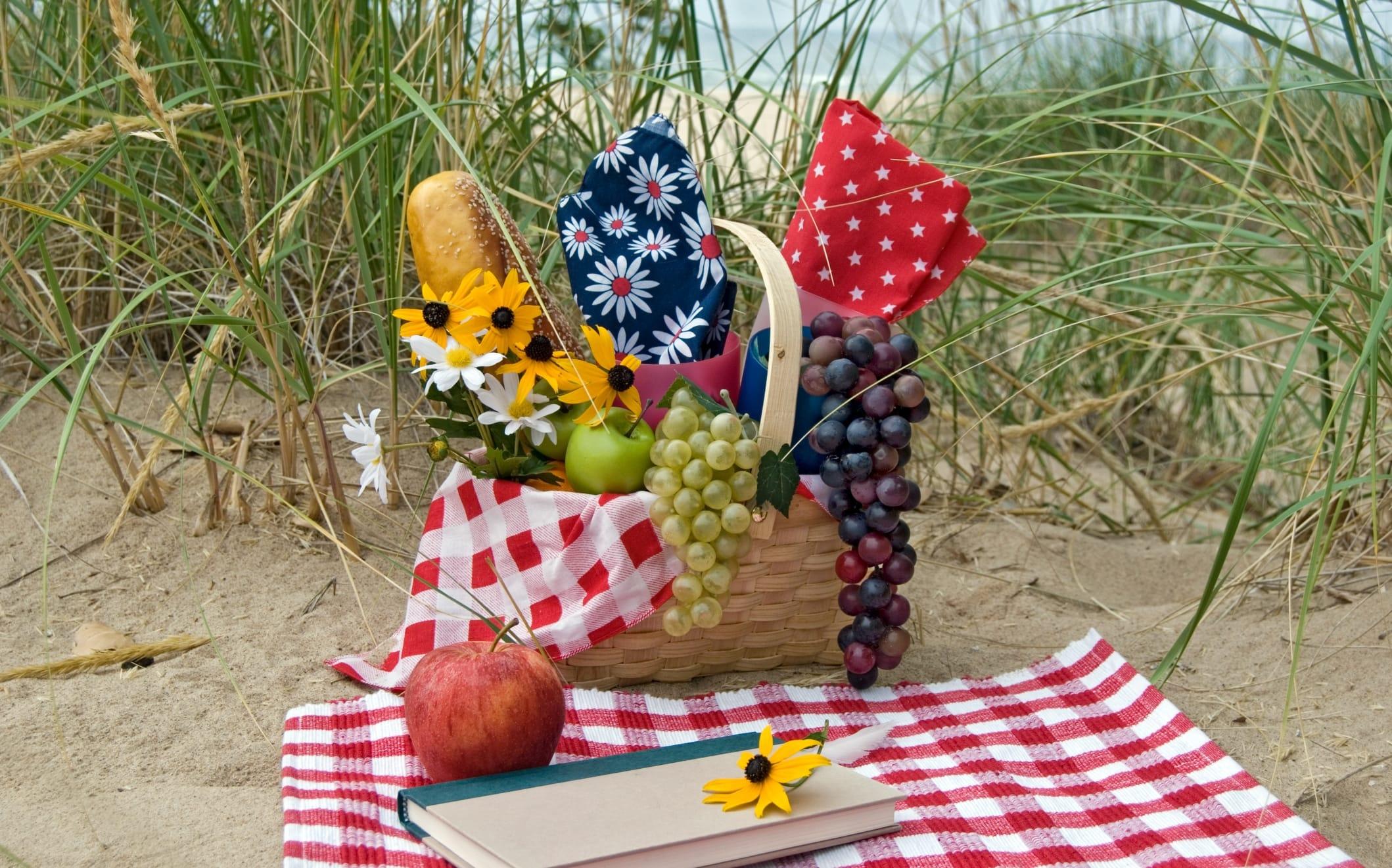 Cosa mangiare in spiaggia: tante idee e consigli per il pranzo al mare