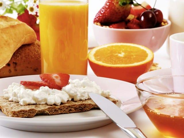 Salute e risparmio: come distribuire i pasti nella giornata con i consigli dell'esperto