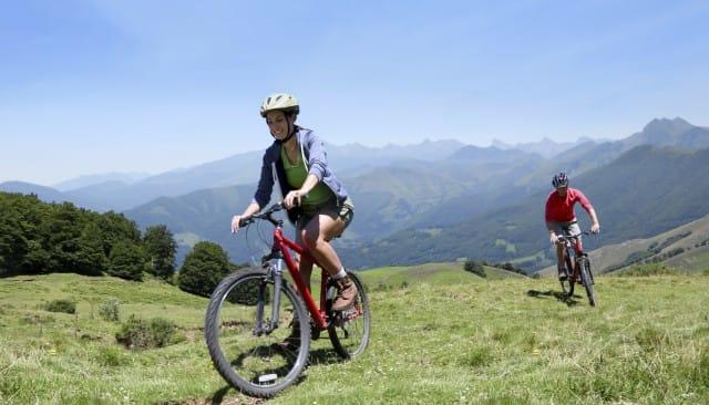 Vacanze in bicicletta, piccola guida al cicloturismo. Dall'equipaggio al percorso