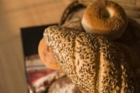 Pane fatto in casa integrale con i semi