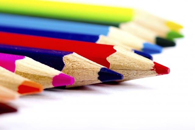 Tante idee per riciclare le matite colorate con fantasia e creatività | Foto