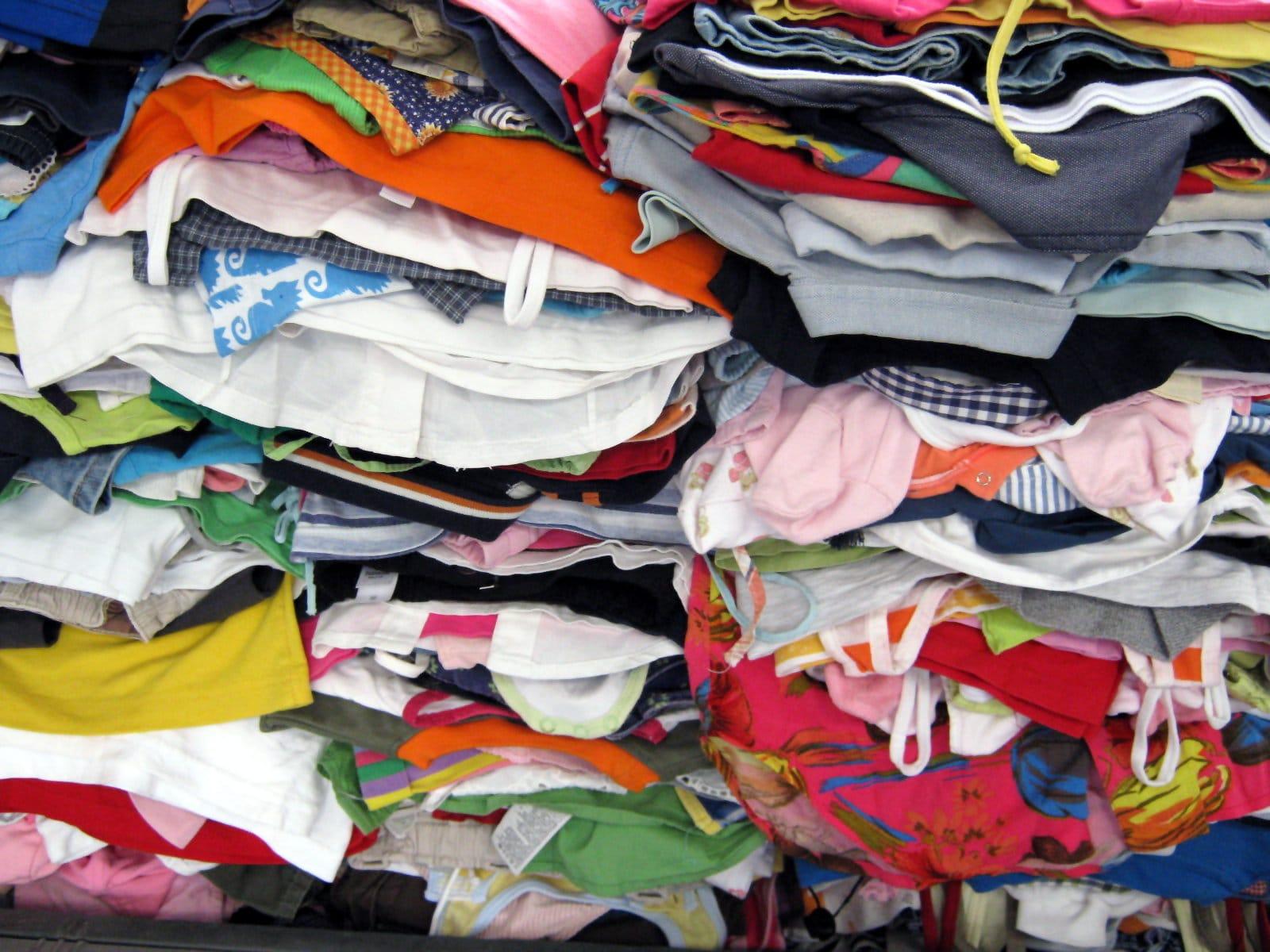 Favorito Raccolta abiti usati in Italia - Non sprecare ZS58