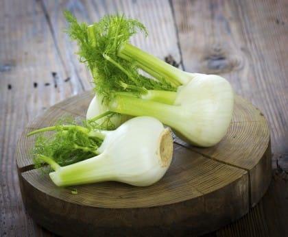Ricette con gli scarti delle verdure: il patè con i ciuffi delle carote e dei finocchi