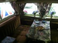 Vacanze low cost interno camper