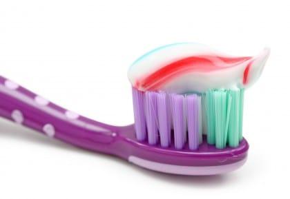 Come fare in casa il dentifricio