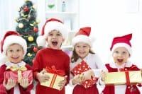 Bambini e regali natalizi