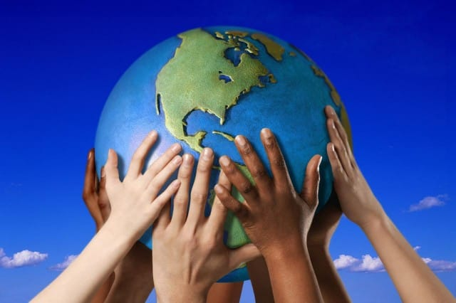 Piccola guida pratica per una vita sostenibile: tanti consigli alla portata di tutti per essere e fare il cambiamento