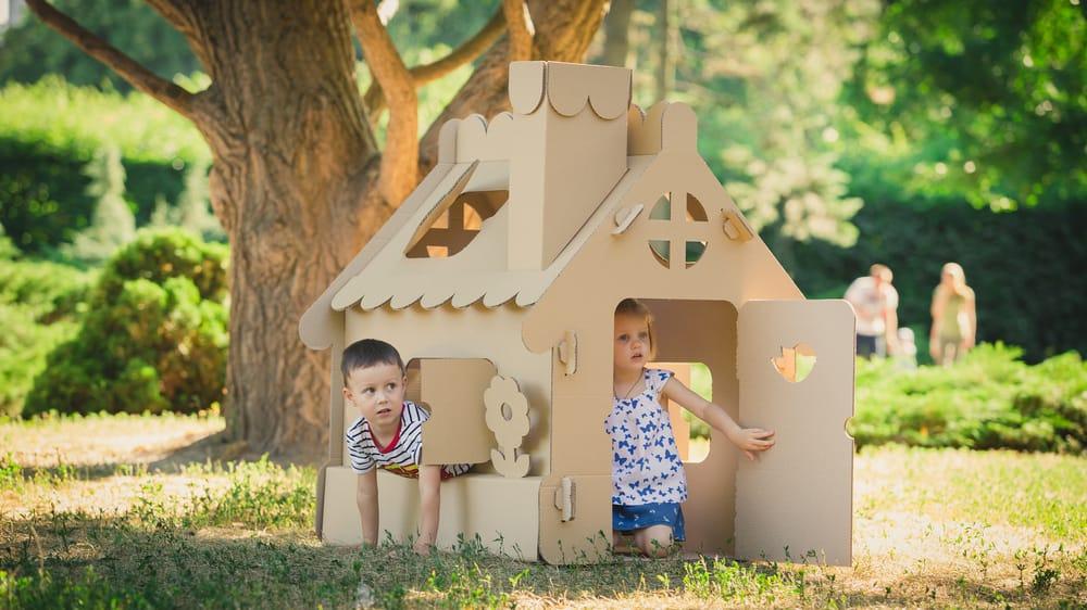 Come fare una casetta di cartone per bambini non sprecare for Casetta di cartone per bambini fai da te