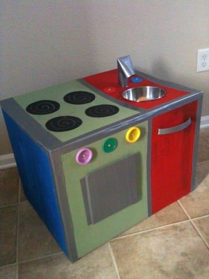 La cucina per i bambini realizzata con il fai da te non - Cucine per bambine ...
