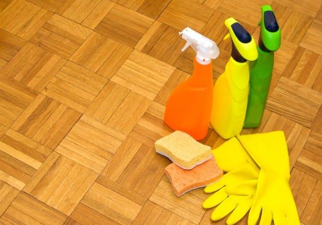 Detersivo fai da te per i pavimenti di casa: come prepararli con ingredienti naturali