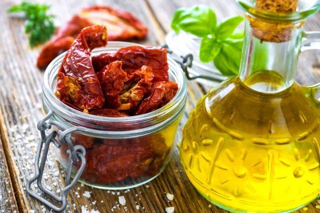 ricette-con-i-pomodori-secchi-conserve-estive (7)