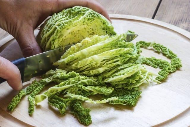 Verdure stagione invernale: le mille proprietà del cavolo benefiche per la salute