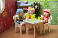 casa-bambole-in-cartone-fai-da-te (1)