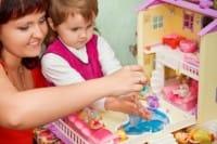 casa-bambole-in-cartone-fai-da-te (5)