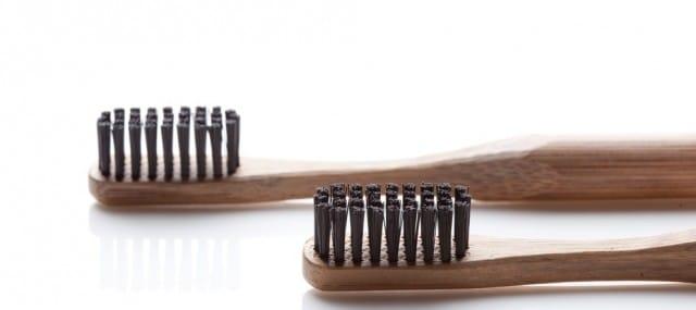 come-riciclare-spazzolino-da-denti (3)