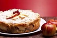 Come preparare in casa una gustosa torta di mele con lo yogurt e senza l'utilizzo del burro