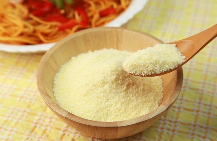 Formaggio grattugiato vegano: la ricetta per prepararlo in casa