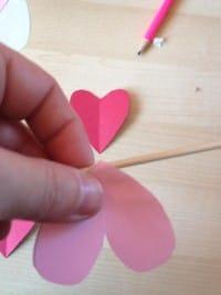 come-realizzare-fiori-carta-tutorial-costo-zero (9)