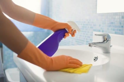 detersivo fatto in casa per pulire il bagno
