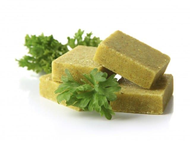 Dado vegetale fatto in casa: la ricetta per prepararlo con le verdure avanzate