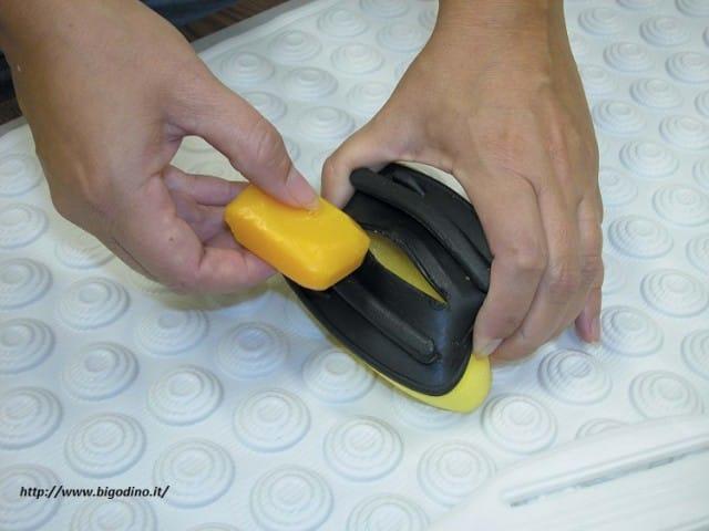 riciclo-creativo-cosa-fare-delle-vecchie-spugne (1)