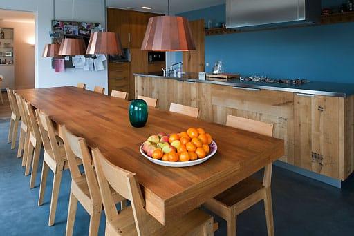 Arredamento casa in legno non sprecare for Materiali di rivestimento in legno casa